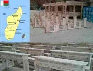 Nuove scrivanie per 280 studenti della scuola marista di Antananarivo